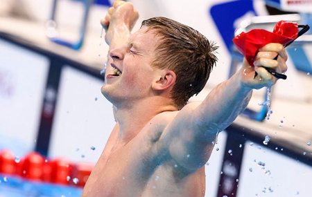 Adam Peaty winning gold at Rio 2016
